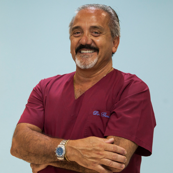 Dr. Daniel Genta Domina